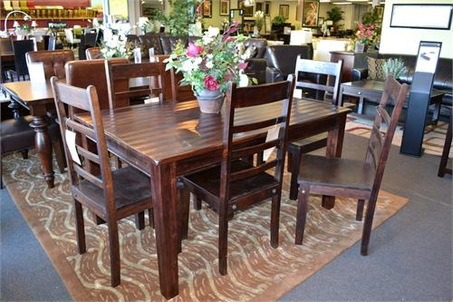 Wave Dining Room Set by Aishni